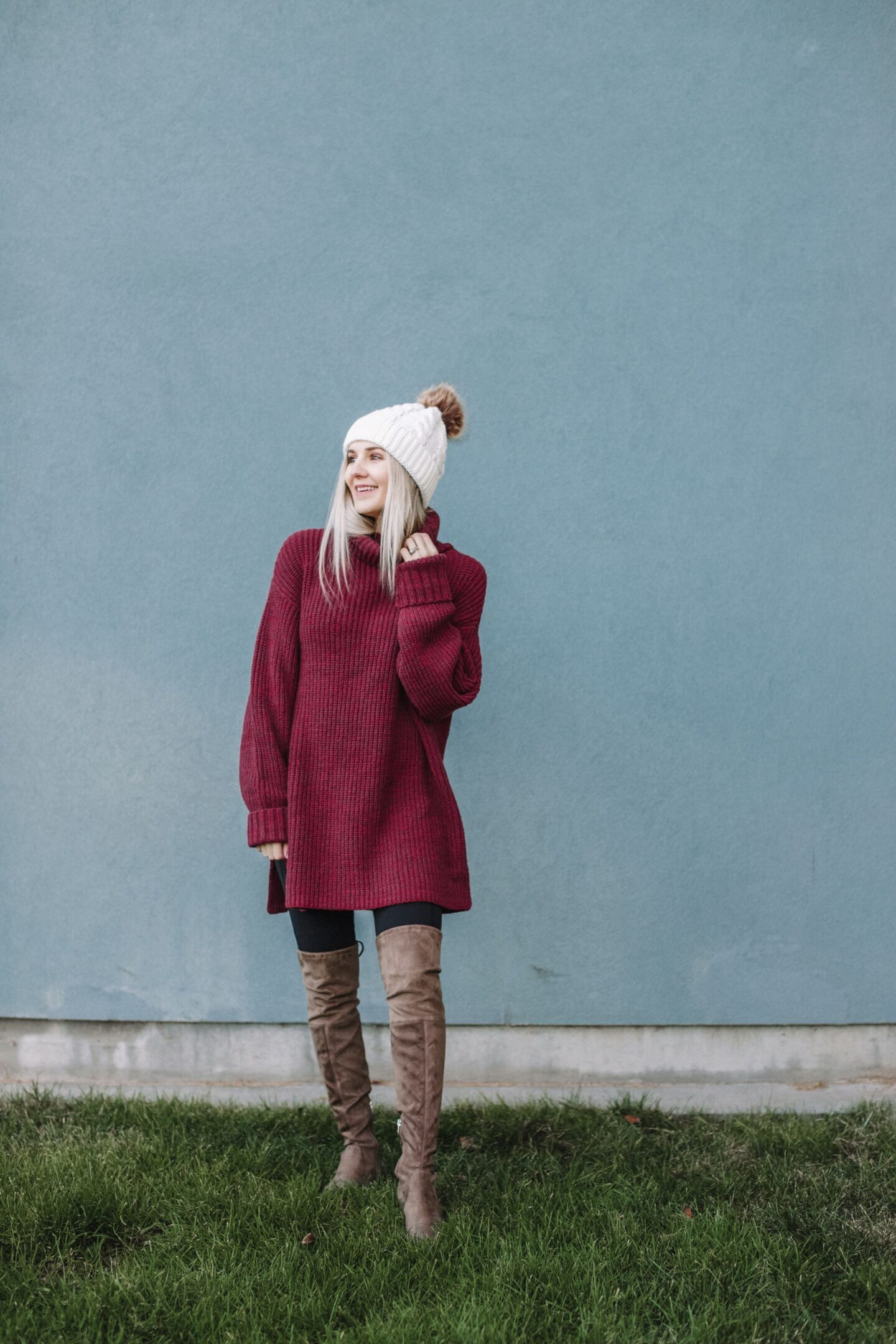 free people sweater dress, styling a faux fur beanie, otk boots, over the knee boots, black leggings for winter eBay style , HappeningOneBay